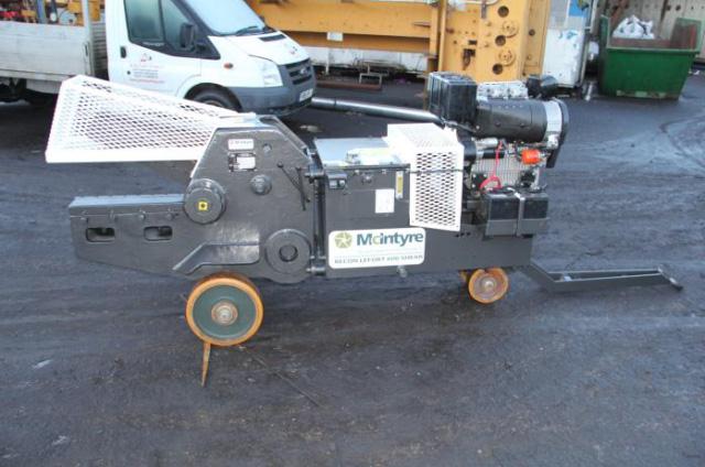 gebrauchtmaschine-G235-02