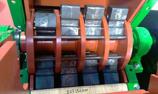 IRS-horizontalshredder-MM-serie04